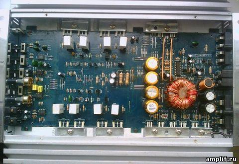 В ремонт поступил автомобильный усилитель с опознавательными знаками Xtreme 500W mono block amplifier.