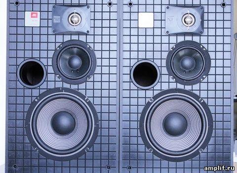 в акустических системах